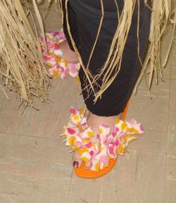 JoJo's flip flops