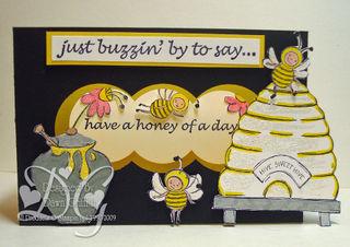 Buzzin' By Diorama Box
