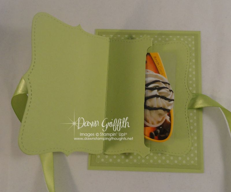 Top Note gift card holder opened