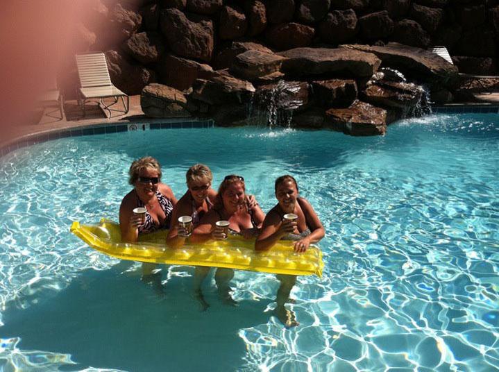 Pool girls with Pattys raft
