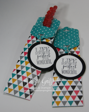 Scallop Tag Topper Pouch