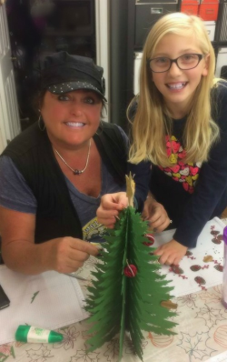 #1 Anna and I putting  together my tree